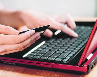 «Приватбанк» предупредил своих клиентов об активизации мошенников
