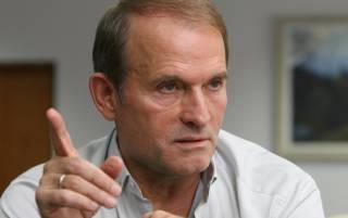 Переговоры по осужденным в РФ украинцам ведутся не в Минске, а в Москве, — Медведчук