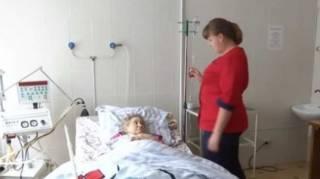 На Хмельнитчине соцработницу обвиняют в издевательствах над пенсионеркой, которая завещала ей имущество