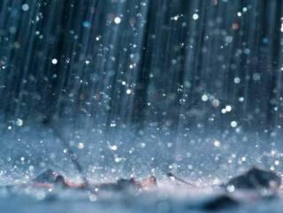 В Киеве из-за дождя затопило Оболонь. Появилось видео
