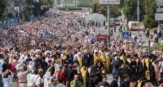 Власть пытается помешать верующим УПЦ из Овруча попасть в Киев на крестный ход