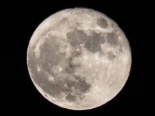 Ученые считают, что на Луне могла быть жизнь. Причем уже дважды