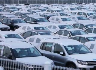 За полгода в Украину ввезли автомобилей почти на миллиард долларов