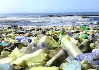 Ученые изобрели пластик, который можно растворить в воде