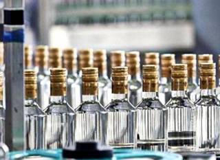 Украинцам рассказали, как уже с осени подорожает алкоголь