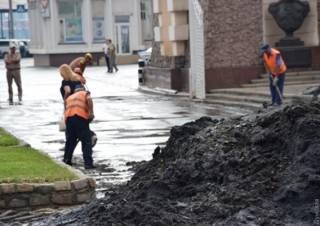 Мощный дождь подтопил Одессу. Появилось видео