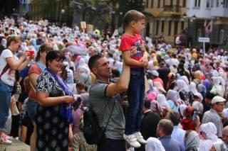 250 тысяч верующих УПЦ приняли участие в киевском Крестном ходе