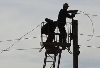 Из-за непогоды в Украине почти полторы сотни населенных пунктов остались без электричества
