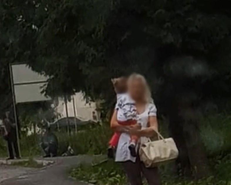 Проститутка с ребенком проститутки г нальчика