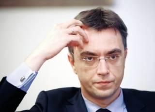 Министр Омелян хочет закрыть железнодорожное сообщение между Украиной и Россией