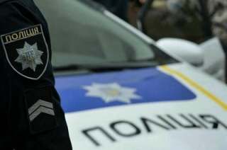 В Одессе пьяные водители бросаются в полицейских деньгами, показывают нижнее белье и кусаются