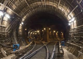За право освоить миллиарды гривен на строительстве метро на Виноградарь в Киеве поборются три компании
