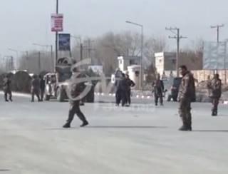На фоне праздничного перемирия боевики «Талибана» взяли в заложники пассажиров трех автобусов