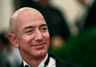 Forbes высчитал, что глава Amazon зарабатывает почти 4,5 миллиона долларов в час