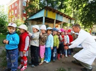 В очередях в садики стоят 46 тысяч детей. В МОН знают, как с этим бороться