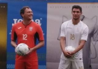 У нашей футбольной сборной впервые в истории появилась форма белого цвета. На ней будет надпись «Слава Украине»