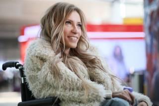 «Нет нормальных лекарств». Российская певица прокомментировала свой отъезд из страны