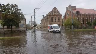 На выходных Бердянск ушел под воду и остался без света