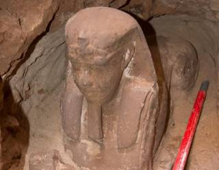 В Египте археологи раскопали «младшего брата» Сфинкса