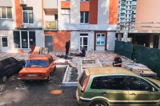 В Киеве кусок балкона, рухнувший с 21-го этажа, убил женщину