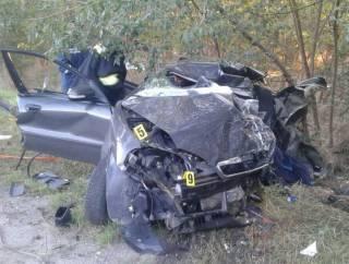 На Запорожье Mercedes превратил Lanos в груду металла. У пассажиров не было ни одного шанса