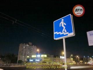 Жуткое ДТП в Киеве: пешехода разорвало на части