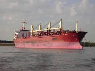 У берегов Нигерии пираты захватили судно с интернациональным экипажем. В плен попал и украинец