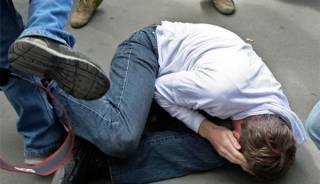 Под Киевом группа малолеток избила и ограбила случайного прохожего