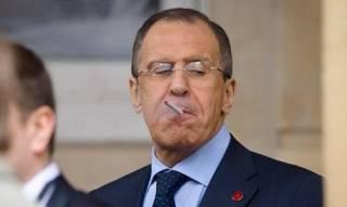 Лавров вульгарно «пошутил», заявив журналистам, что работает в туалете