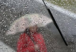 Украинцам рассказали о погоде на выходные: будет прохладно, пройдут дожди