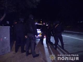 Простреленные ноги и взорванная граната: стали известны подробности кровавого ограбления на Печерске