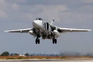 Украинский летчик совершил «самый низкий проход самолета за все времена», едва не сбив оператора