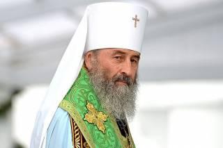 Митрополит Онуфрий попросил политиков «не использовать Церковь для политических игр»