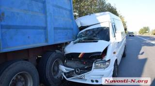 Всего за несколько часов в ДТП на Николаевщине пострадали 17 человек, из них шестеро – иностранцы