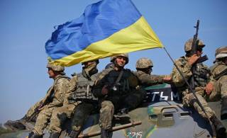 «Слава Украине!» и пан стали официальными в армии