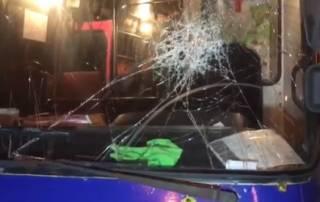 В Киеве водитель авто не поленился проехаться на подрезавшей его маршрутке, чтобы сурово отомстить