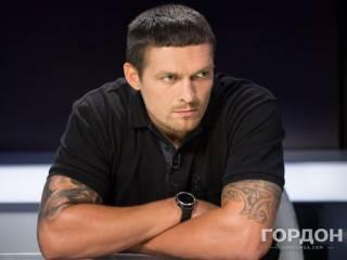 Боксер Усик: Перед боем молюсь Георгию Победоносцу и Александру Невскому