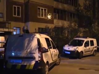 В духе 90-х: киллер расстрелял киевcкого «коммерса» в подъезде собственного дома