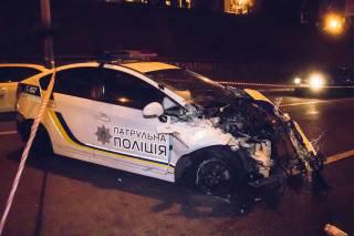 В Киеве полицейские разбили очередной служебный автомобиль