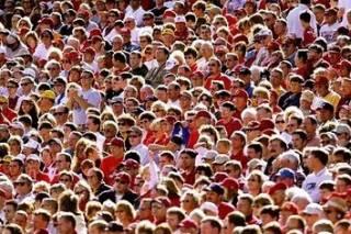 Ученые подсчитали, сколько лиц способен запомнить и распознать человек