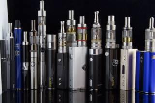 Ученые рассказали, как электронные сигареты «бьют» по легким курильщиков