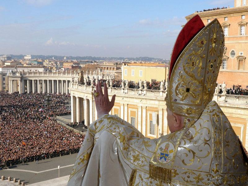 Ватикан не будет контактировать с украинской церковью, которую «пропихивает» Константинопольский патриарх