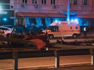 Жуткое ДТП в Киеве: Mercedes превратился в груду металлолома. Есть погибшие