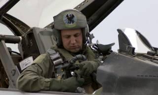 Американские СМИ рассказали о калифорнийском пилоте, разбившемся во время учений в Украине