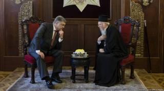 Делили на украиноязычных и русскоязычных, а теперь еще и по религиозным предпочтениям делят, - православные в соцсети