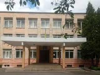 В Ровно совершена масштабная газовая атака, «под прицел» попали сотни детей