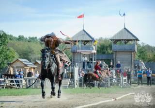 Под Киевом пройдет турнир конных лучников из Украины, Китая, Турции и Болгарии