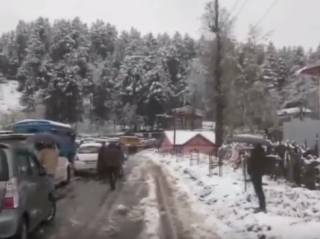 Впервые за долгие годы в Индии выпал снег