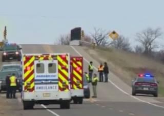 Трагедия в США: грузовик насмерть сбил девочек-скаутов