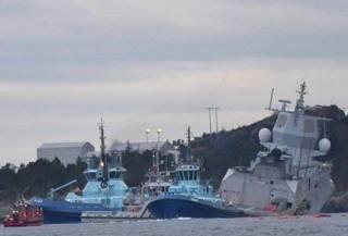 У берегов Норвегии столкнулись нефтяной танкер и военный корабль